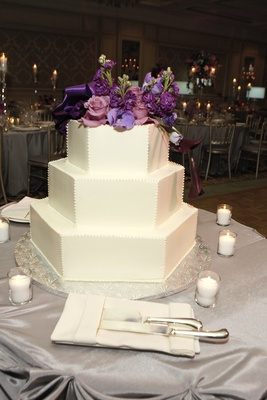wedding cake chicago il purple hued timeless wedding in chicago illinois inside 22191