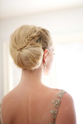 braided side bun classic bridal hairstyle blonde hair wedding bridal look beauty