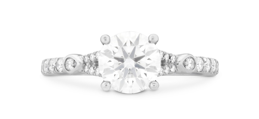 Hearts On Fire Cali Chic Petal Split Shank diamond engagement ring round center stone pave band