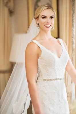 rob refsnyder's wife on wedding day, bridal look by Aga Kaskiewicz