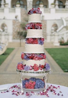 Alfredrick Joyner and Alisha Biehn's four layer cake
