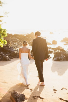 bride in j. mendel wedding dress, groom in ralph lauren purple label tuxedo, maui wedding