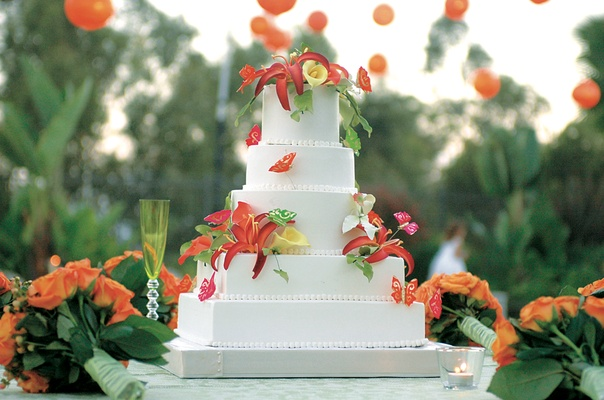 ... Five Layer White Wedding Cake With Edible Tropical Flowers ...