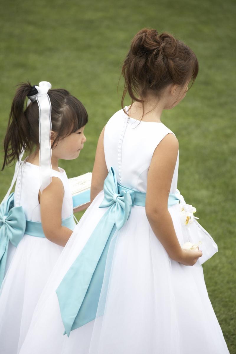 Flower girls ring bearers photos blue bow flower girl inside white flower girl dresses with blue ribbon bow in back mightylinksfo