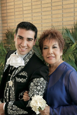 Groom in Mariachi outfit with his mom