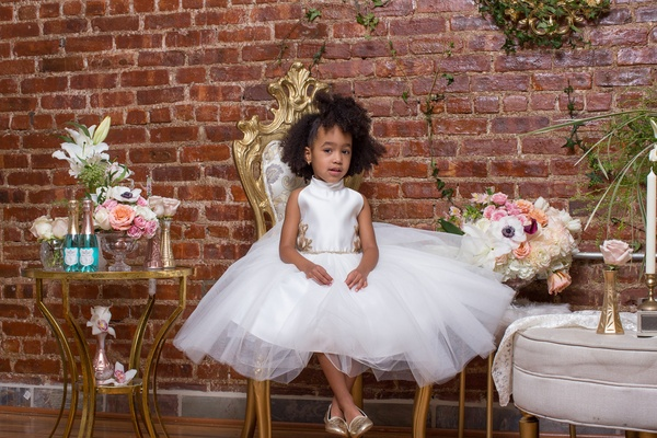 pantora mini flower girl dress with tulle skirt and gold details, gold flats