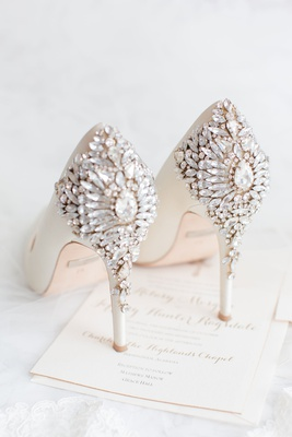 wedding shoes badgley mischka heels with crystal details pretty white high heels wedding shoes