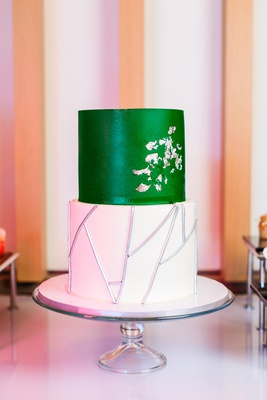 two tier wedding cake, white tier with silver stick details, emerald green tier with silver gingko