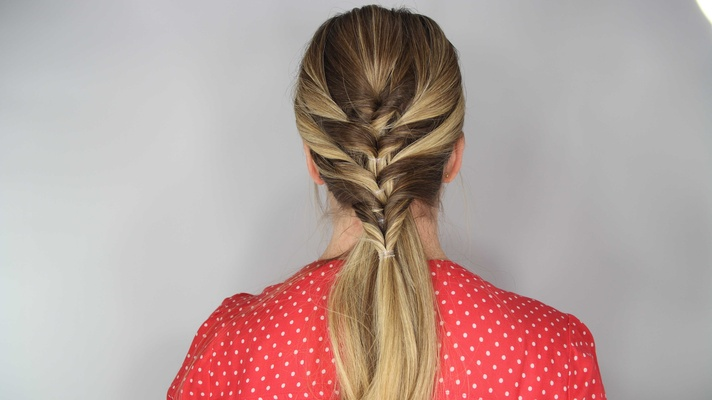Diy Wedding Hairstyle Stacked Topsy Tail Faux Braid