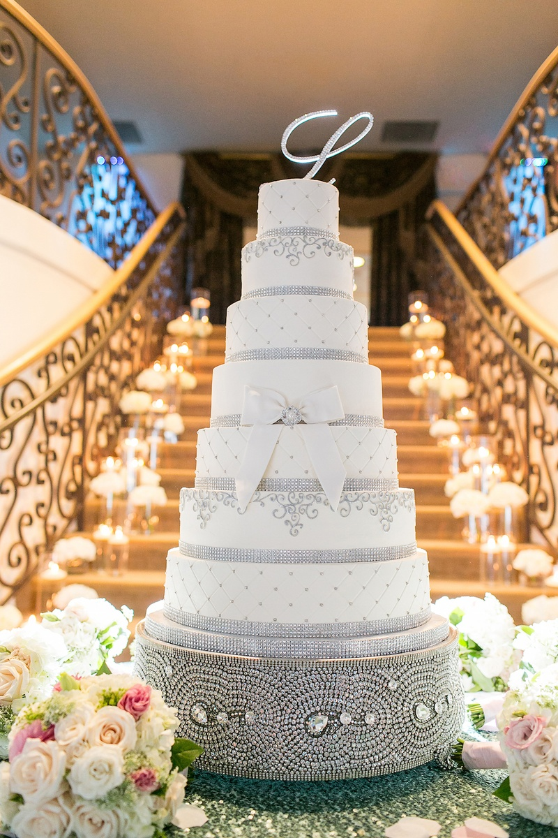Pictures Of Large Wedding Cakes