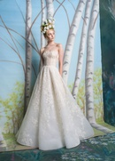 Isabelle Armstrong Spring 2019 collection lace ball gown with corset