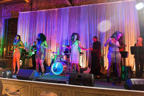 the heather hayes experience wedding band, wedding band with female singers, wedding band backdrop