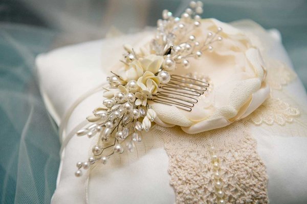 wedding headpiece comb white flower pearl crystal headpiece with veil