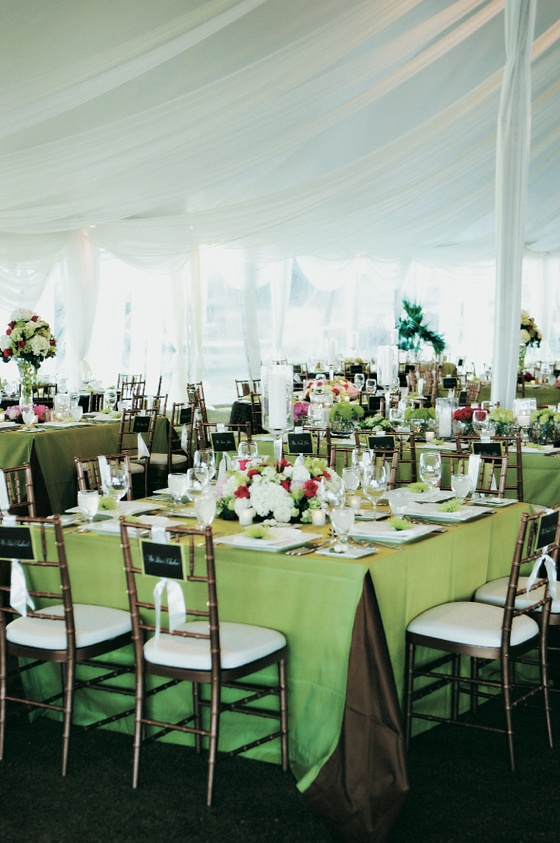 White and green table décor