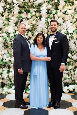 detroit lions tackle taylor decker wedding with his parents