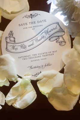 Wedding save-the-date on circle stationery