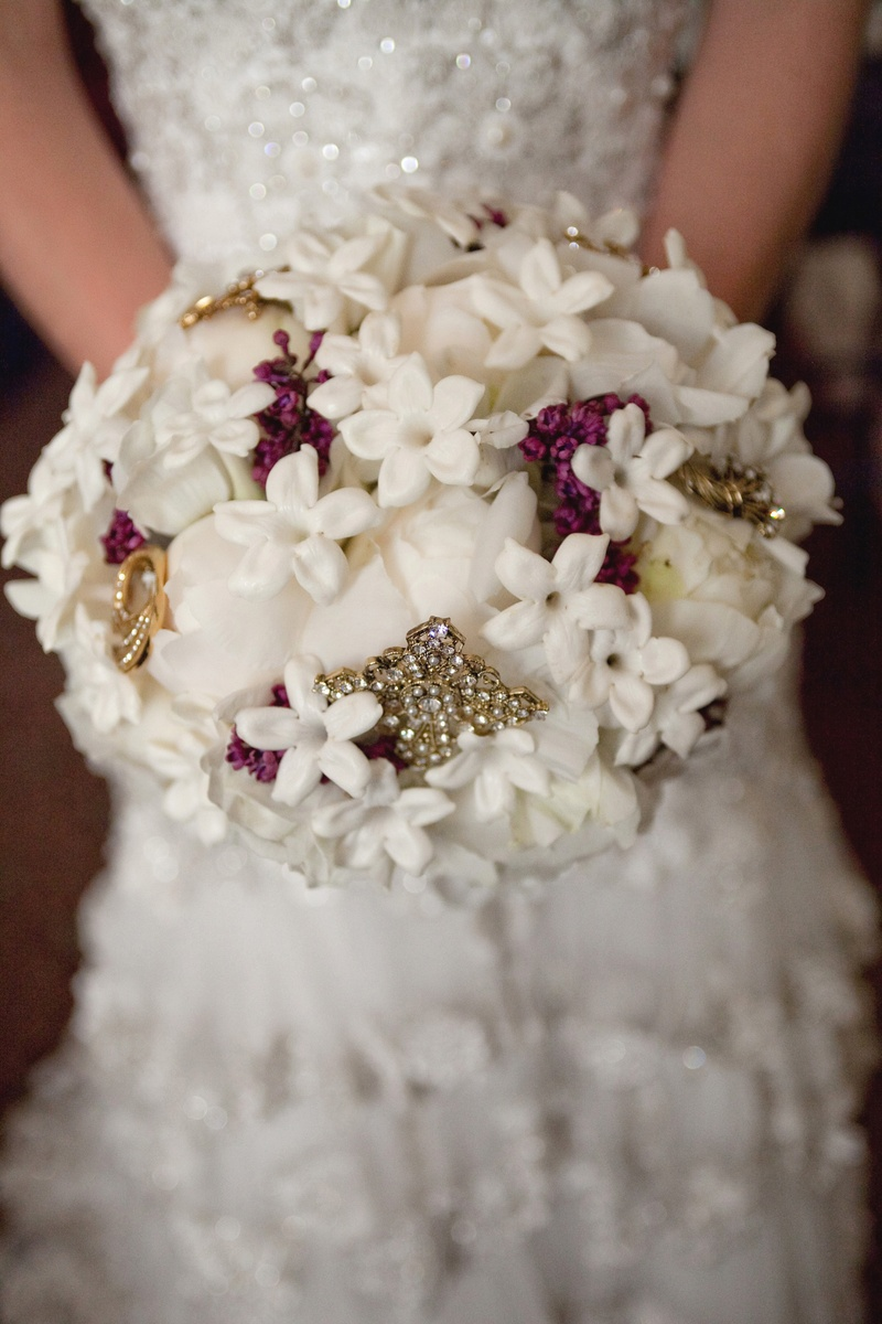 White stephanotis and rose bouquet with crystal brooches