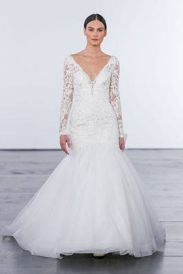 Dennis Basso for Kleinfeld 2018 collection wedding dress long sleeve lace mermaid trumpet gown