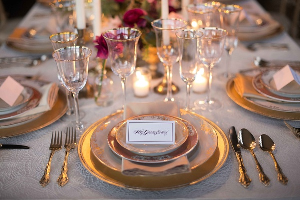 orante place card calligraphy guest name place setting wedding styled shoot tablescape vintage gold