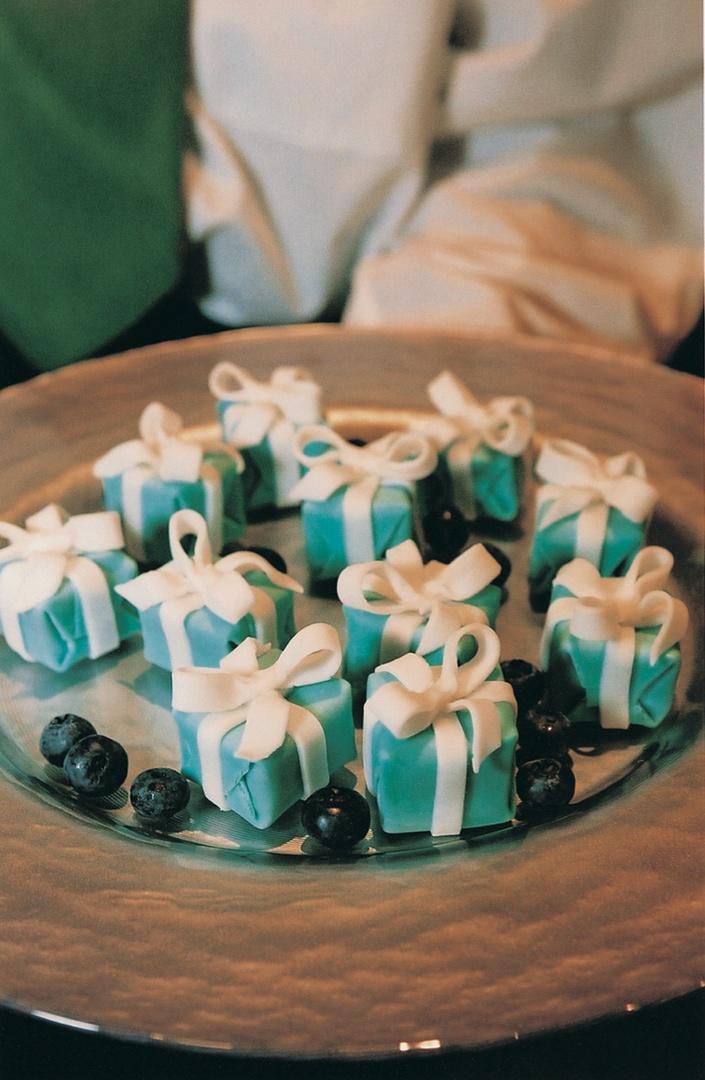 Showers   Parties Photos - Tiffany Blue Box Cakes - Inside Weddings 98717cb78