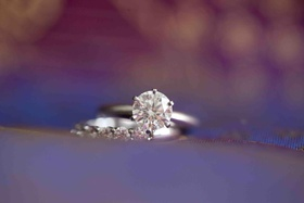 Diamond engagement ring and diamond wedding band
