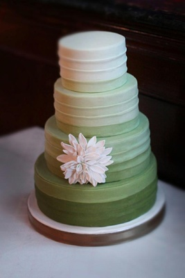 Green ombre wedding cake without cake topper