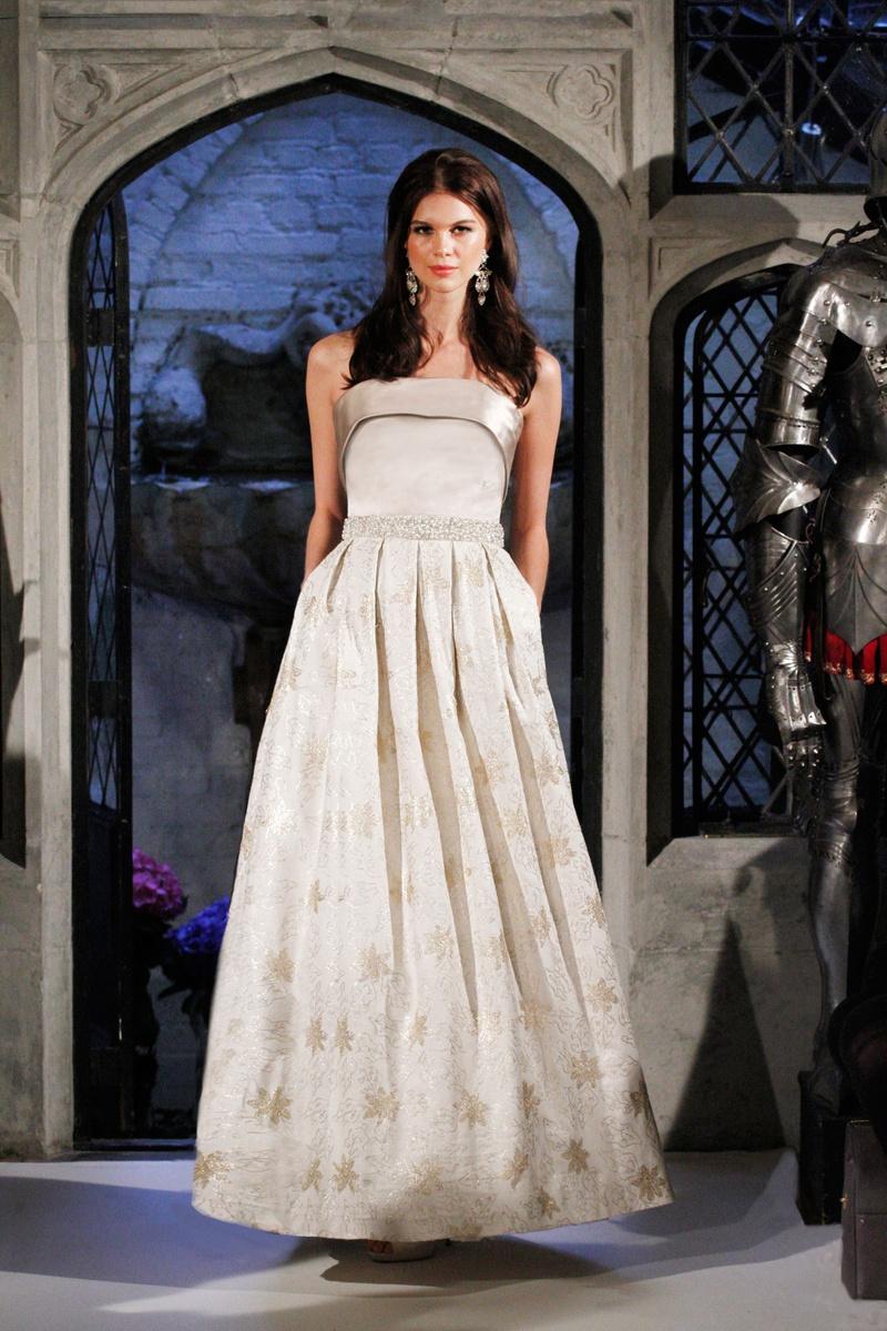 Wedding Dresses Photos - First Lady \
