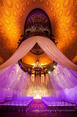 A glamorous wedding ceremony at New York's Gotham Hall