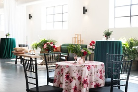 kentucky derby themed bridal shower, pink linen and magenta flowers, black chiavari chairs