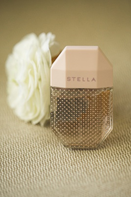 stella perfume wedding day fragrance, wedding detail shots