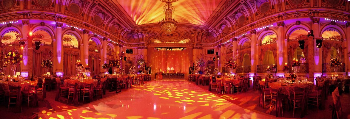 Beautiful cultural indian wedding in new york city for Asian wedding room decoration