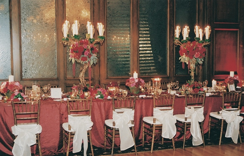 Red and white wedding decorations