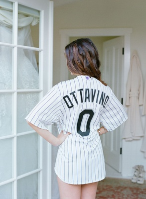 Adam Ottavino bride in jersey number 0 baseball jersey Colorado Rockies getting ready