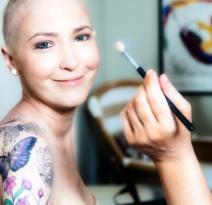 Jen Bulik lung cancer bride getting makeup done for wedding