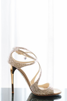 Wedding shoes jimmy choo metallic peep toe strappy sandals sleek heel golden