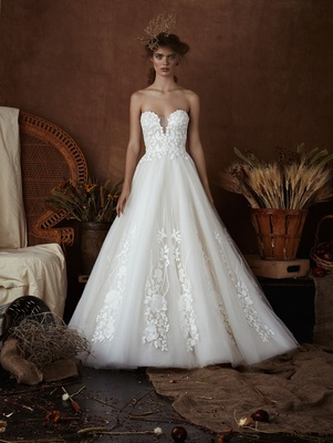 Ellie by Isabelle Armstrong Spring 2018 Tulle ball gown plunging neckline floral leaf embroidery