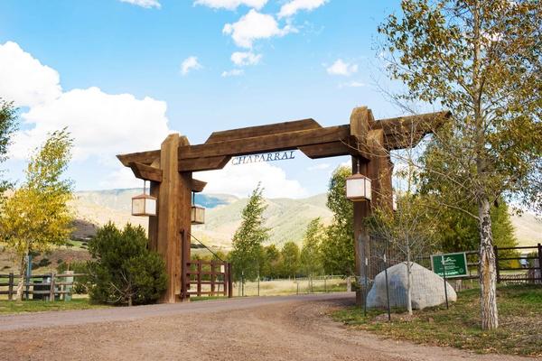 Aspen Colorado wedding ceremony and reception at Chaparral Ranch Woody Creek fall wedding