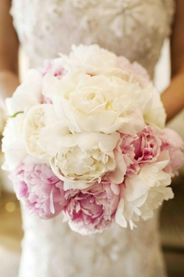 Bouquet of white garden roses and pink peonies