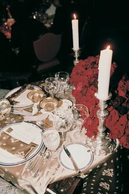 Dinner menus in gold fleur de lis linens