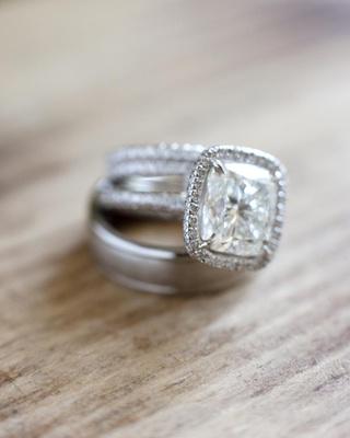 Wedding bands and princess-cut diamond