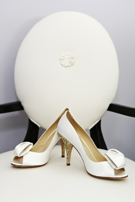 Kate Spade bridal shoes with gold glitter heel