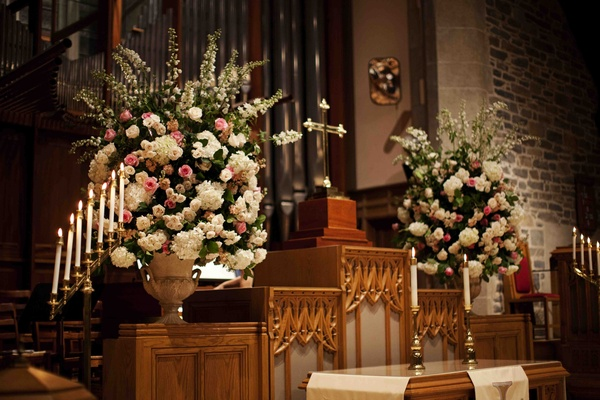 Large floral arrangements in cream and blush