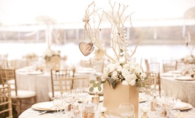 Keri Lynn Pratt's DIY wedding table decorations