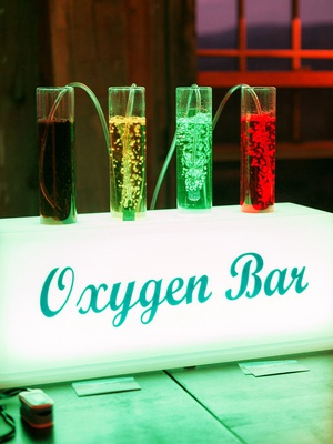 oxygen bar with scents offered at colorado wedding because of the high altitude