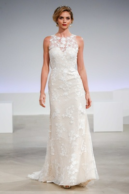 Wedding Dresses: Vintage and Stylish Bridal Gowns by Anne Barge ...
