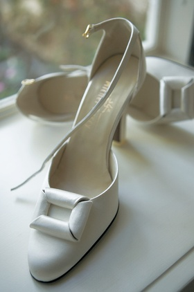 Bridal buckle white satin heels for wedding shoes