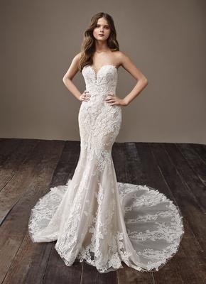 Badgley Mischka Bride 2018 collection wedding dress Bobbi strapless lace bridal gown train