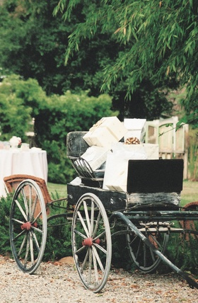 Rustic wedding decorations for present area