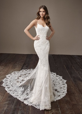 Badgley Mischka Bride 2018 collection wedding dress spaghetti strap lace bridal gown with train