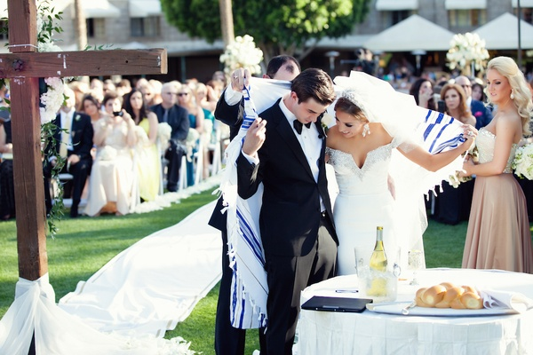 Christian and Jewish ceremony under tallit